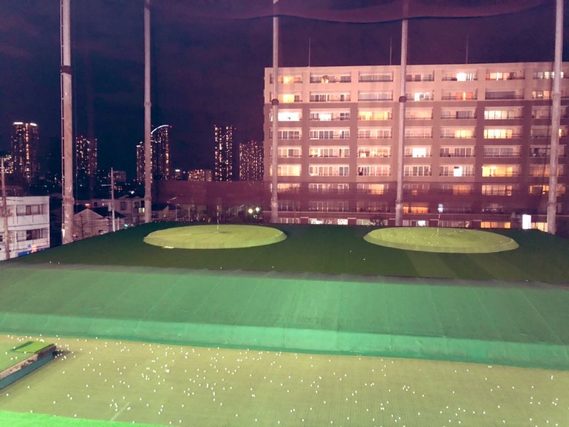 golf plactice facility picture